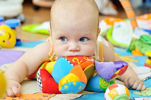 نشانههای دندان در آوردن کودک