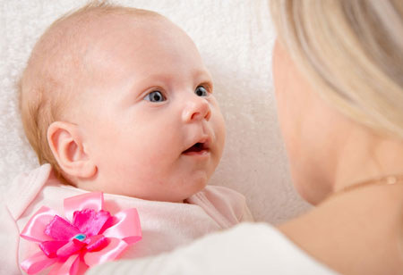 مادر-کودک-نوزاد-دختر-آغوش