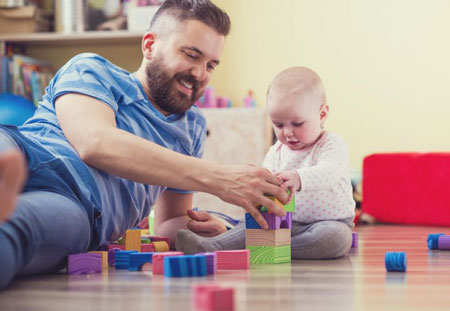 پدر-کودک-نوزاد-بازی