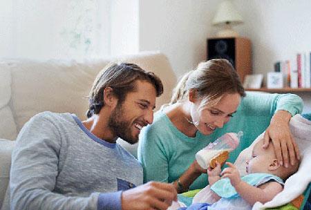 مادر-پدر-والدین-شیردهی-نوزاد