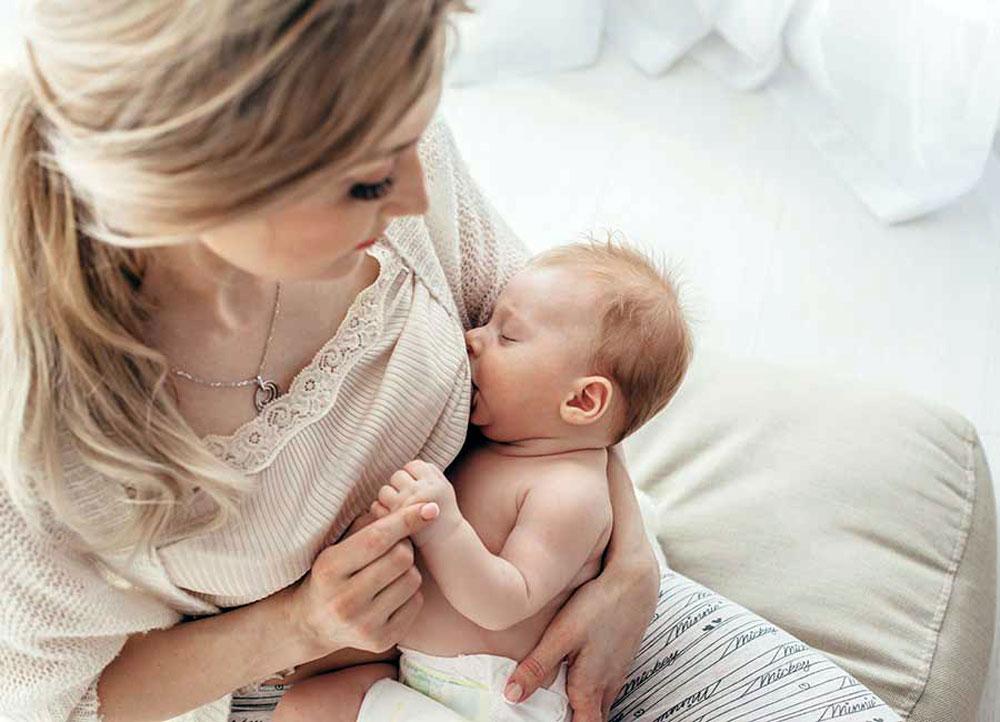 مشکلات شیردهی مادران